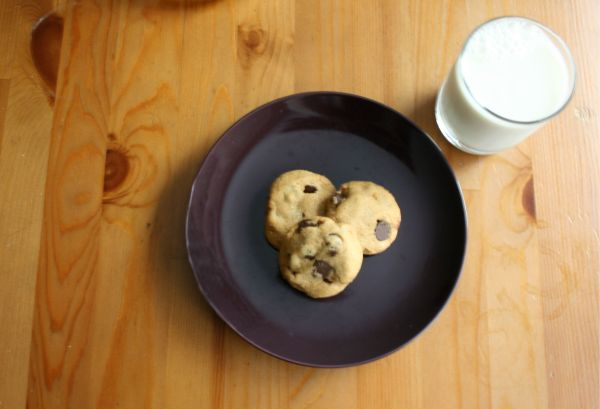Chocolate Chip Peanut Butter Cookies (Gluten-free)